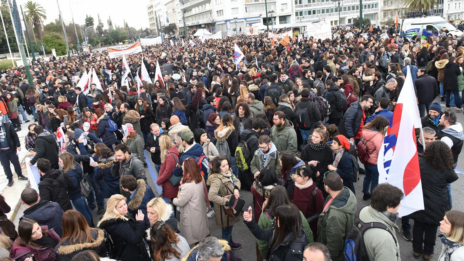 14-01-2019-kinitopoihsh-ekpaideftikwn-athina-syntagma-1